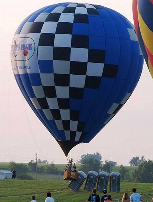hot-air-Balloon-takes-out-porta-potties.jpg